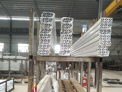 鋁利達鋁業(ye)供應商
